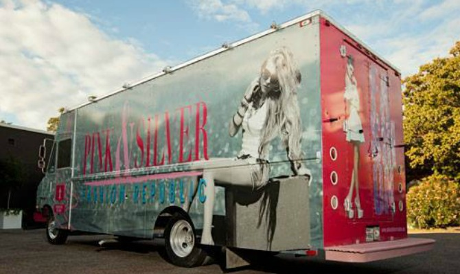 pink-and-silver-on-findafashiontruck